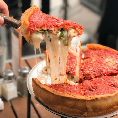 Chicago-style pizza recipe | best deep-dish pizza