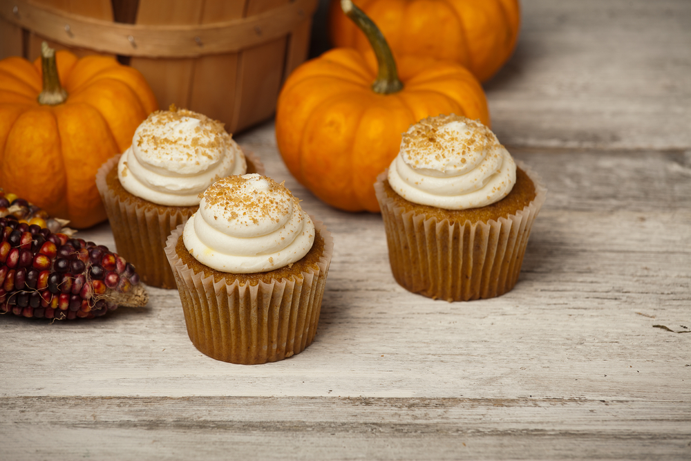 healthy pumpkin cream cheese muffins